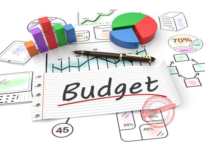 How to Set Up and Maintain a Budget for Your