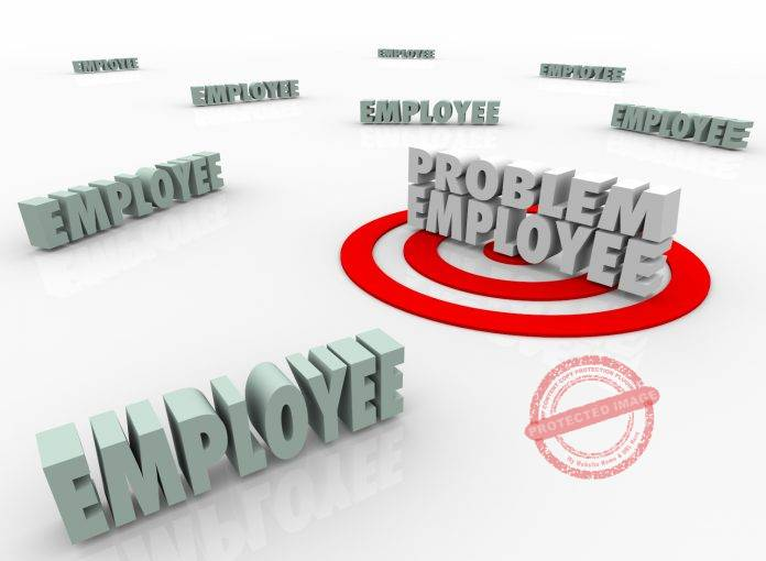 how to change an employees negative attitude