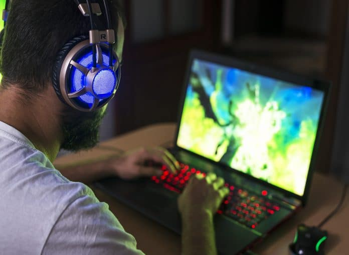 Best 17 inch gaming laptop under 1500